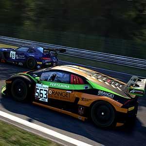 des voitures de course GT prestigieuses