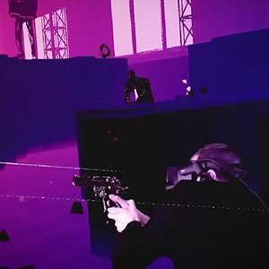 Pistol Whip Accroupi
