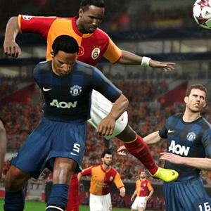 Pro Evolution Soccer 2015 PS4 Compétition