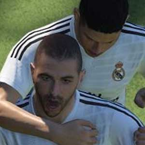 Pro Evolution Soccer 2016 PS4 Benzema